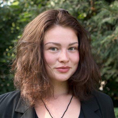 Liesa Strehler erzählt über ihre Schauspielausbildung an der Theaterakademie Köln