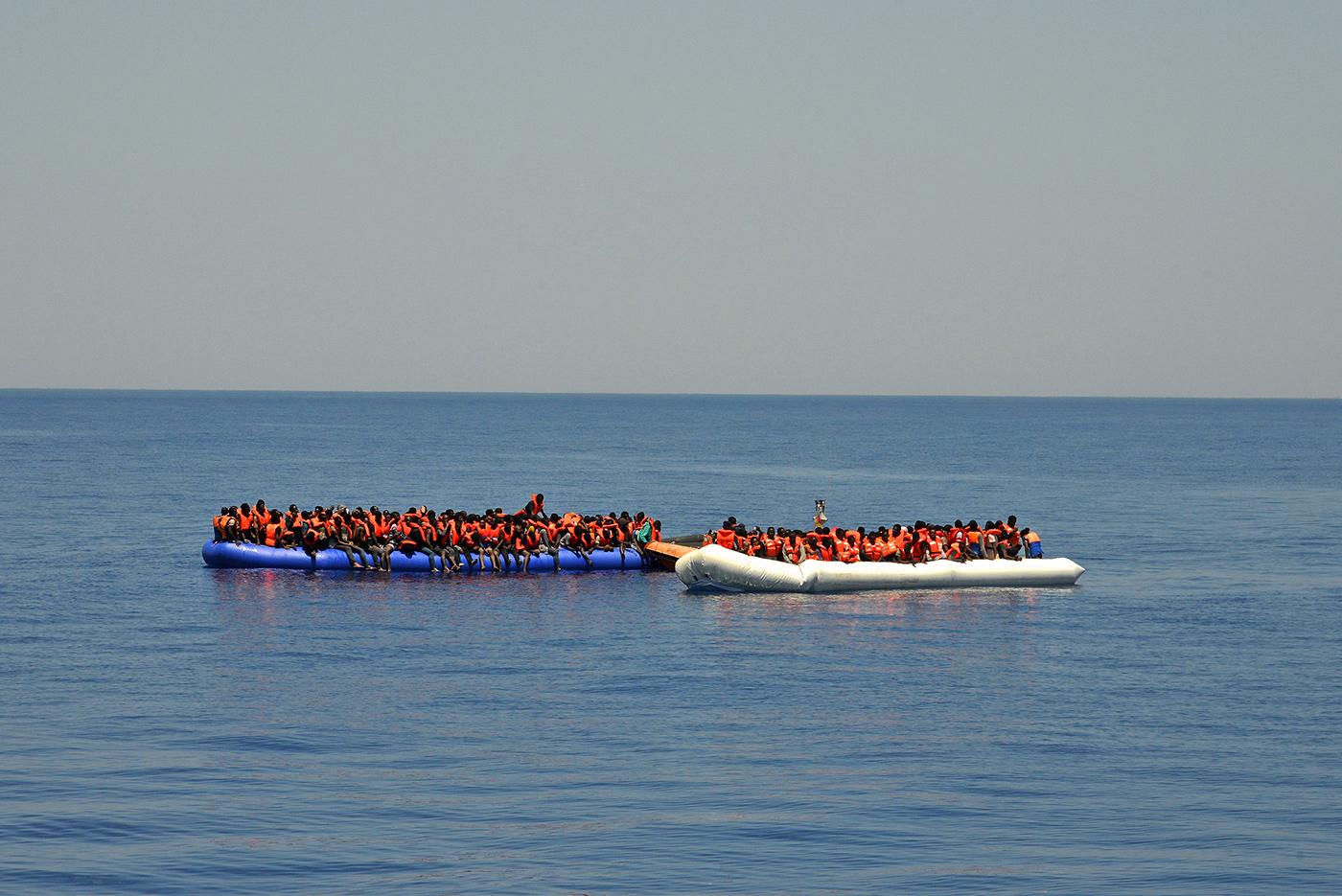 Schauspielerin Signe Zurmühlen rettet im Mittelmeer Flüchtlinge vor dem Tod